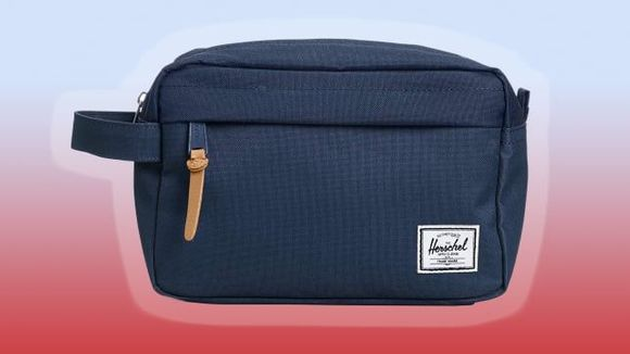Best Gifts Under $ 50: Herschel Bathroom Bag