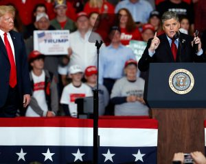"""Stamping with Trump, Sean Hannity calls journalists' fake news """""""