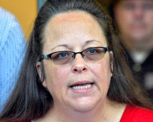 Kim Davis, an anti-gay Kentucky employee, loses to Dem