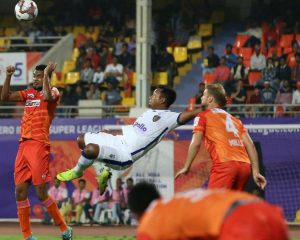 Chennaiyin beat Pune to win the first season victory