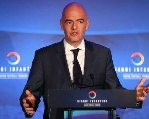 Participation in the breakaway Super League will jeopardize the World Cup ban, warns the FIFA head