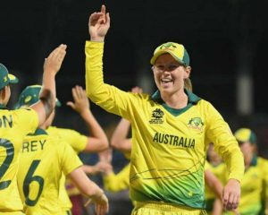 Australia beat the West Indies with 71 runs to get to the end