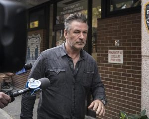 Alec Baldwin says he did not lose the man in the New York parking dispute