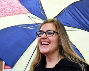Democrat Jennifer Wexton defeats Barbara Comstock to win 10th congressional district of Virginia