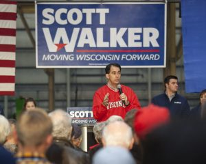 Democrats Oust Walker in Wisconsin and Kobach in Kansas, but Autumn Short in Florida and Ohio