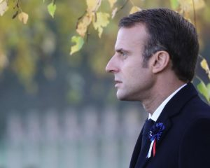 Emmanuel Makron: Arrest for suspected extreme right plot to attack French President
