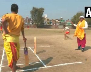 The youngsters at the dhoti and the cake give the cricket a touch of Sanskrit