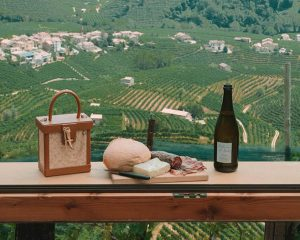 Tips for visiting Prosecco vending machine in Italy • The blonde abroad
