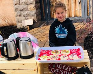 This 5-year-old paid the rest for lunch for 123 students, selling cocoa and cookies