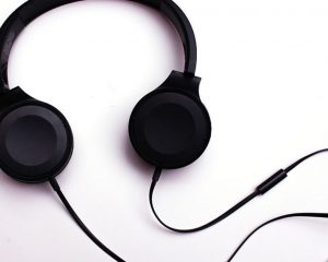 Headphone switches for sharing media while keeping things quiet
