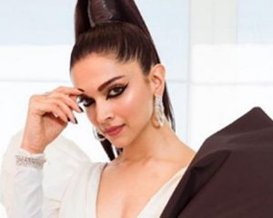 Entertainment News: Deepika Padukone shares handwritten letters from fans | New